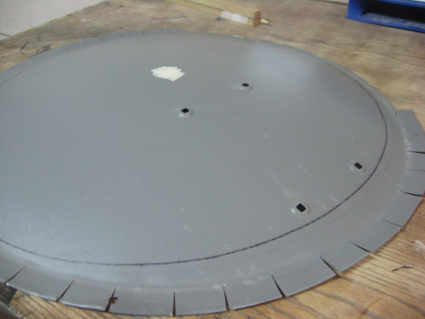 Cut Out Circle Shape From Dish