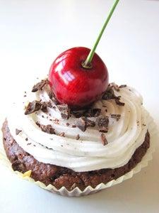 Summer Cupcakes (Vegan, GF, and Healthy!)