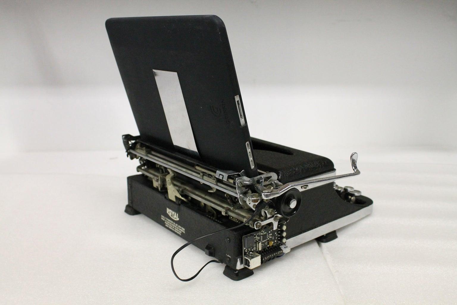 Place IPad on Typewriter