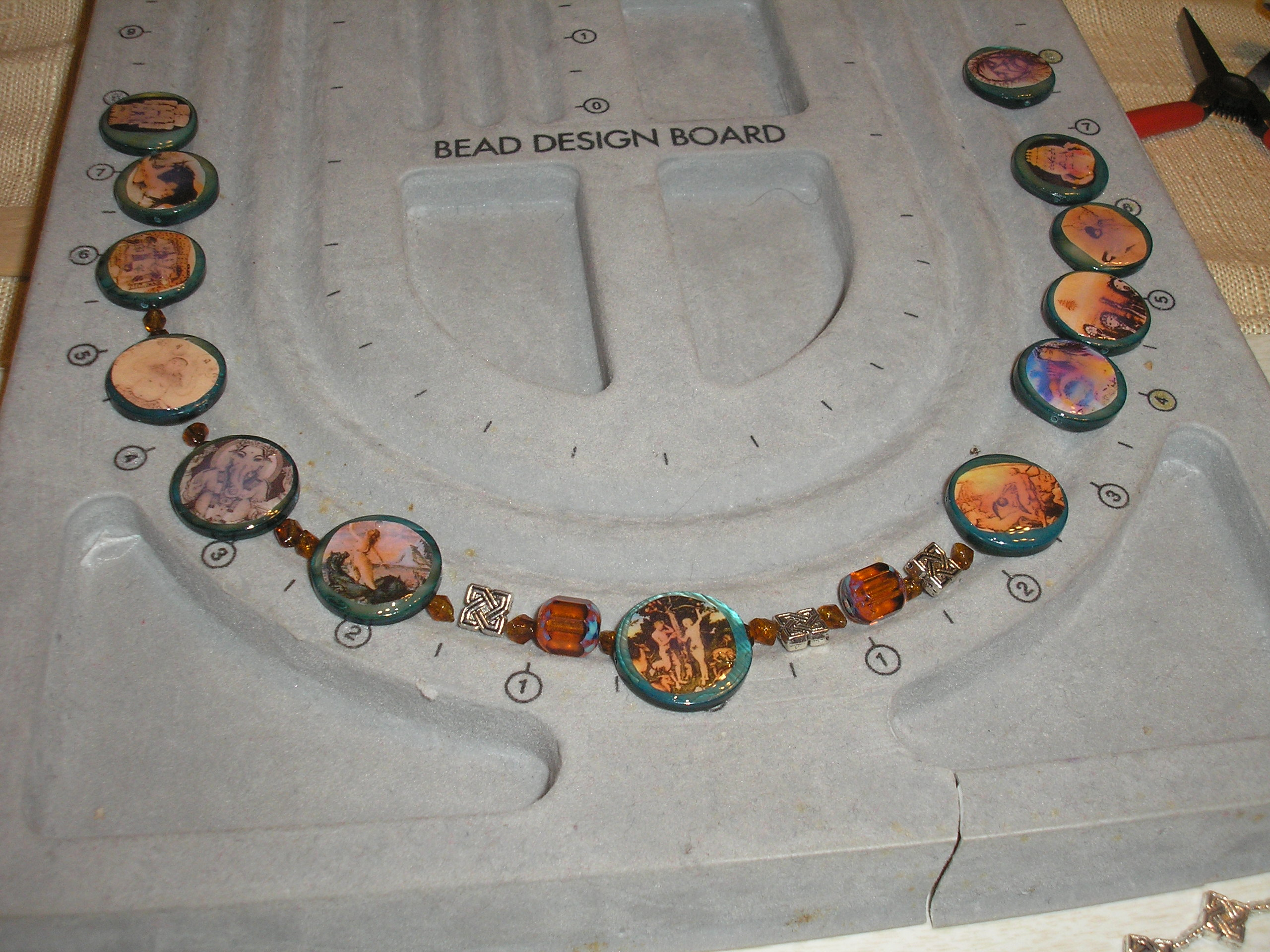 Make a Humanities Project; high gloss beaded necklace and bracelet
