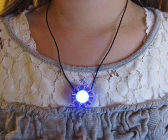 Easy IronMan Arc Reactor Necklace