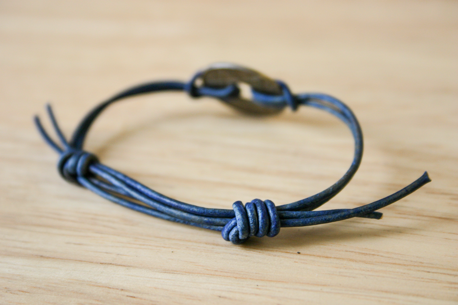 Simple Sliding Knot Bracelet 8 Steps With Pictures Instructables