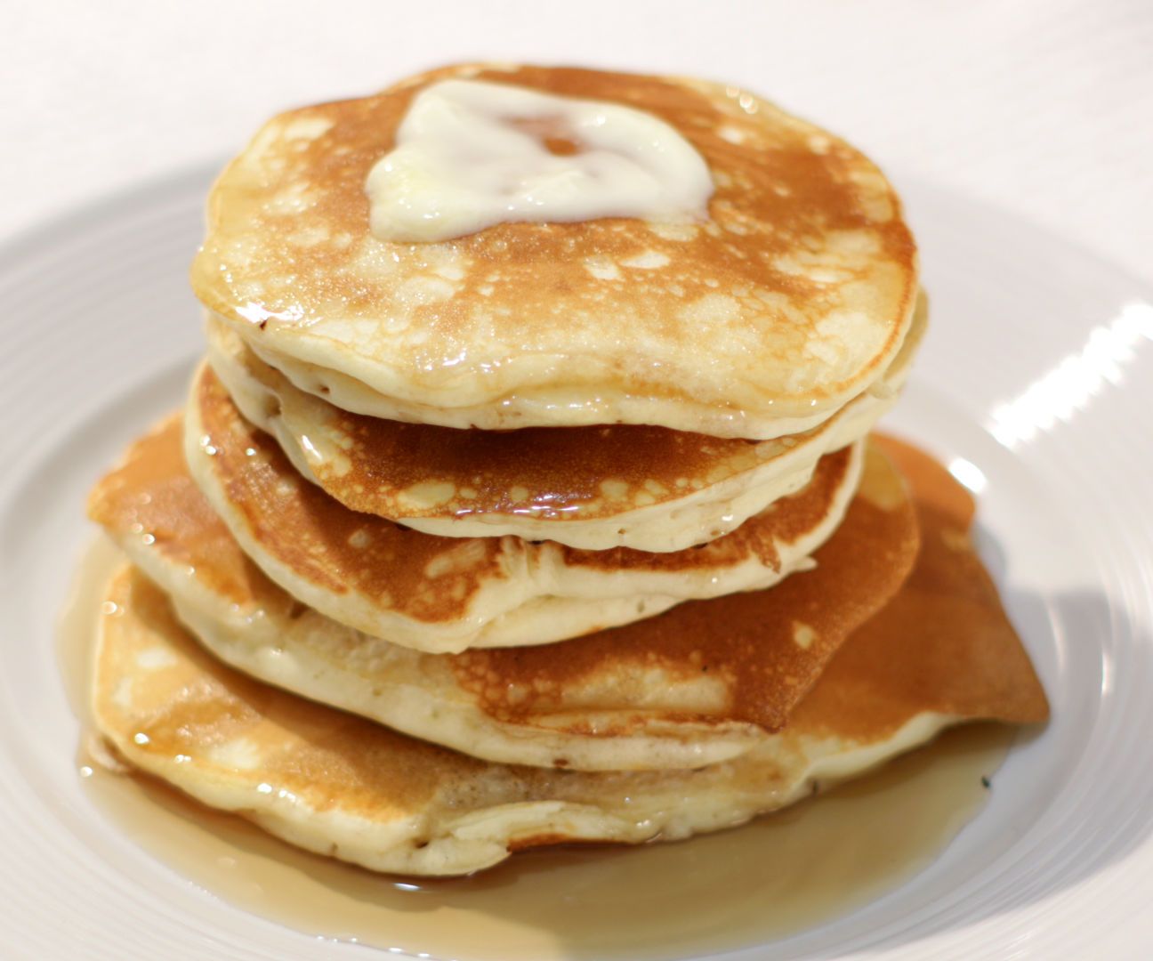 Easy Thick Fluffy Pancakes