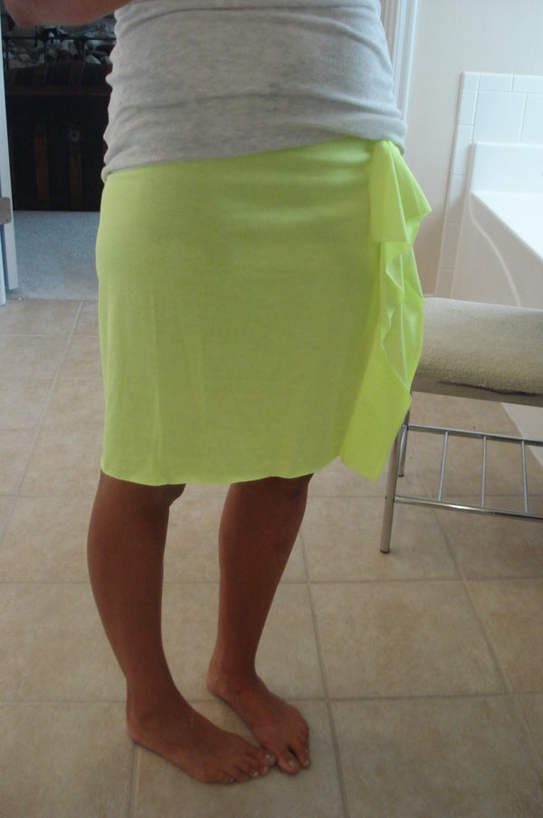 Simple T-shirt to Skirt
