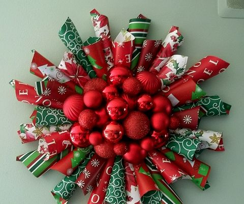 Wrapping Paper Christmas Wreath