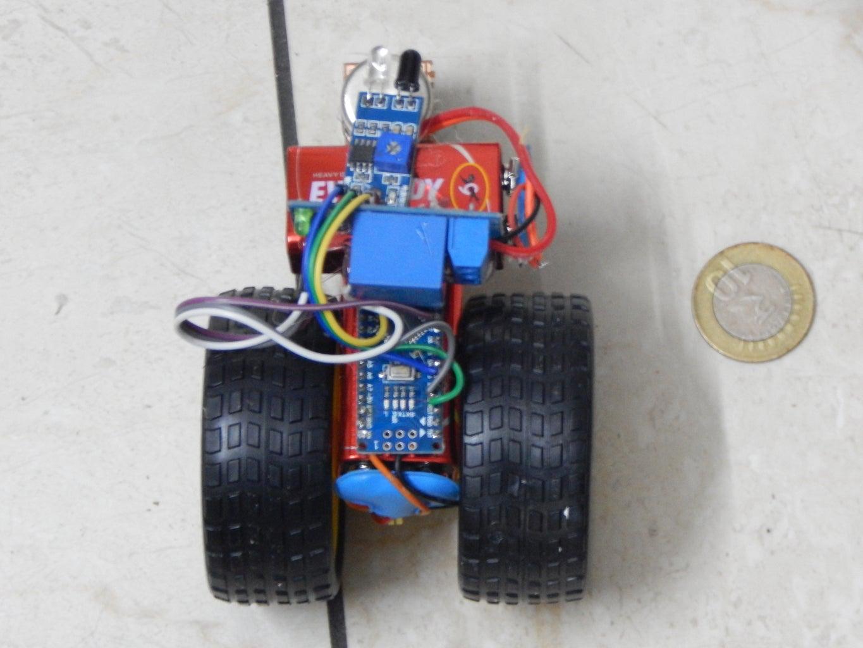 Tiny Hand Follower Robot