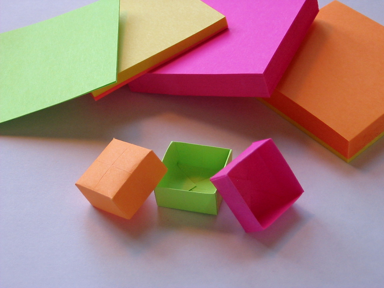 Origami Post-it box