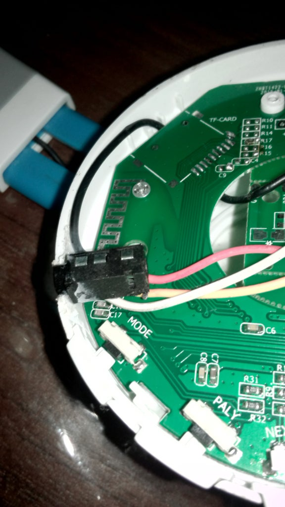 Soldering Wires and Female Audio Port