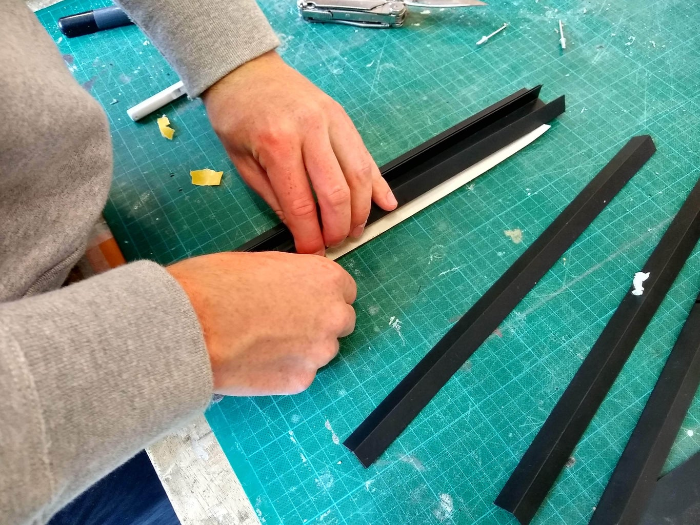 Step A5: Attaching the PVC Side Support