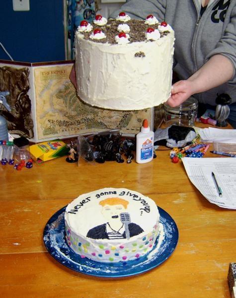 Portal/Rickroll Cake