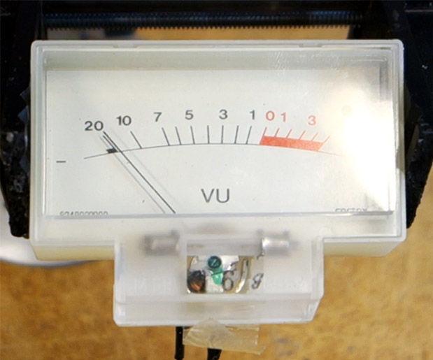 Using a VU Meter With an Arduino