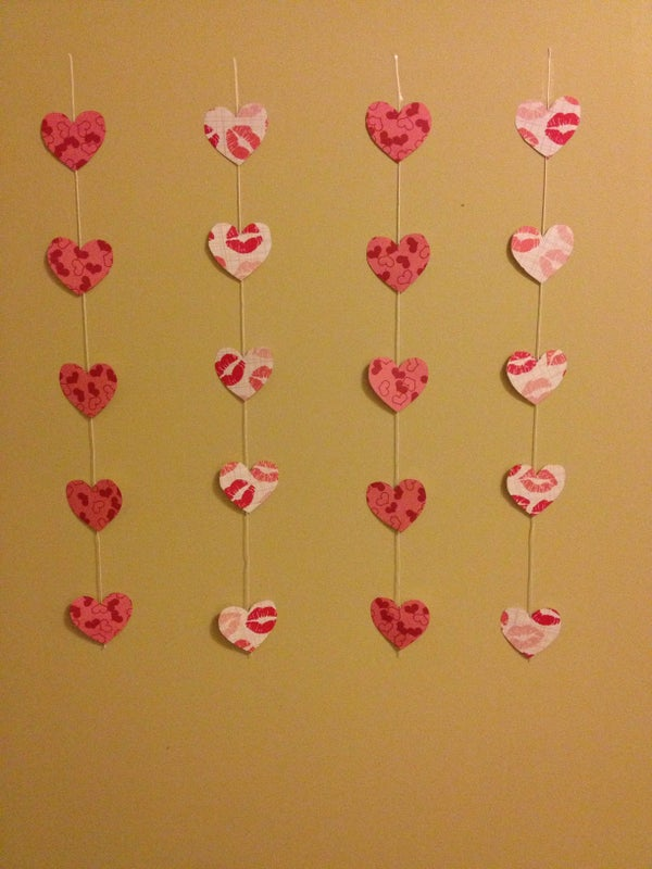 Valentines Day String of Hearts