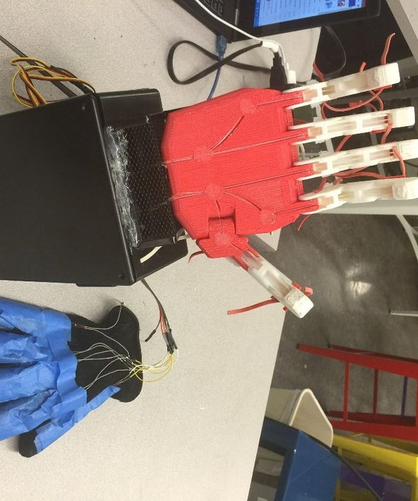 Robotic Hand Controlled by Power Glove