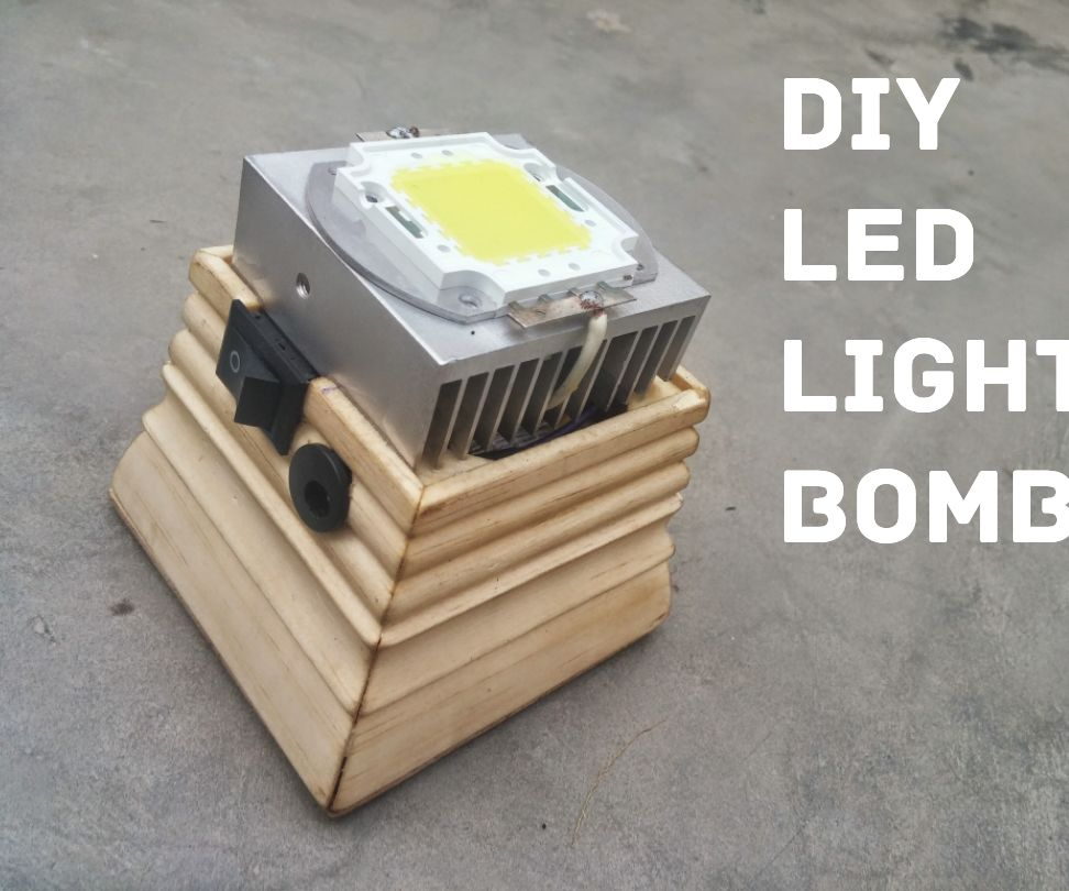 DIY led light bomb using old laptop battery