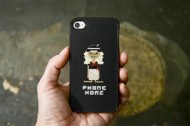 DIY: Stitch your own E.T. iPhone case
