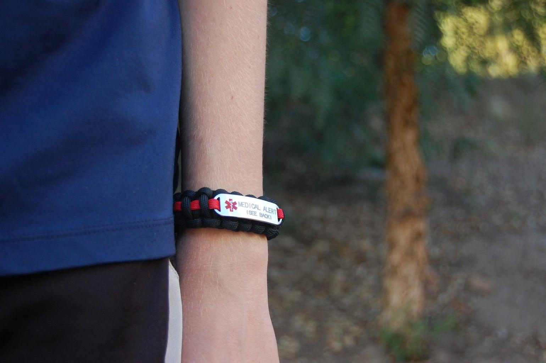 Paracord Medical Alert Bracelet