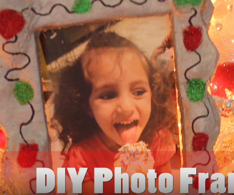 DIY Christmas Ornament Photo Frame