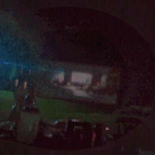 Outdoor Projector Screen on a Budget