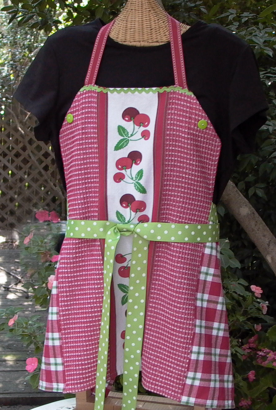 Quick And Fun Apron Made From Two Dish Towels 6 Steps Instructables