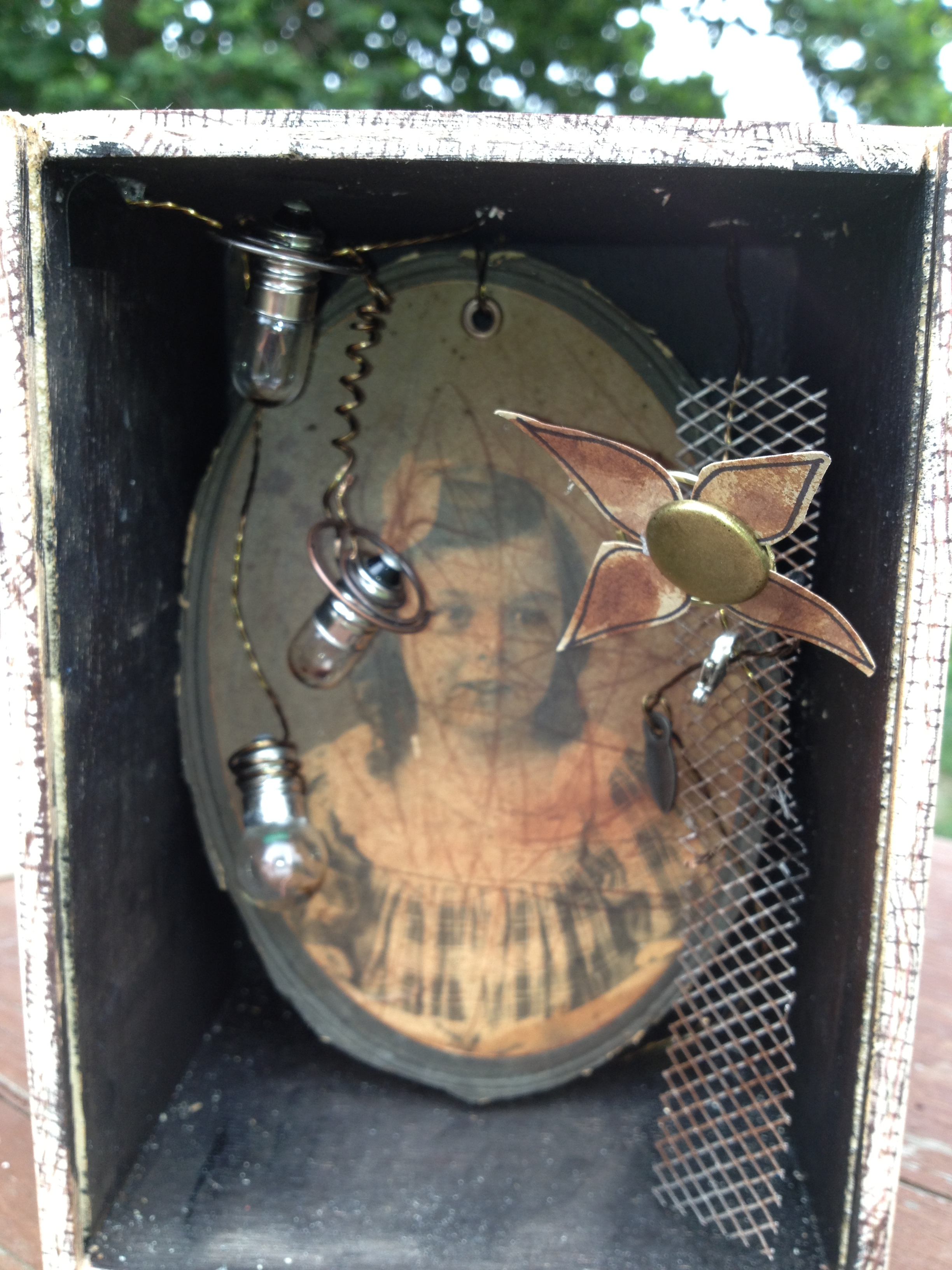 Art Box - girl in a box