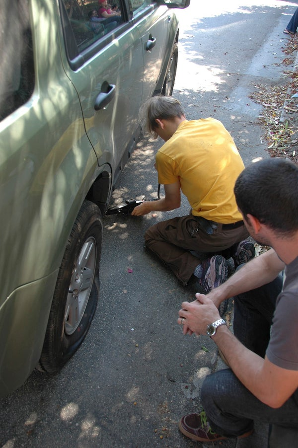 Change a Tire the Easy Way