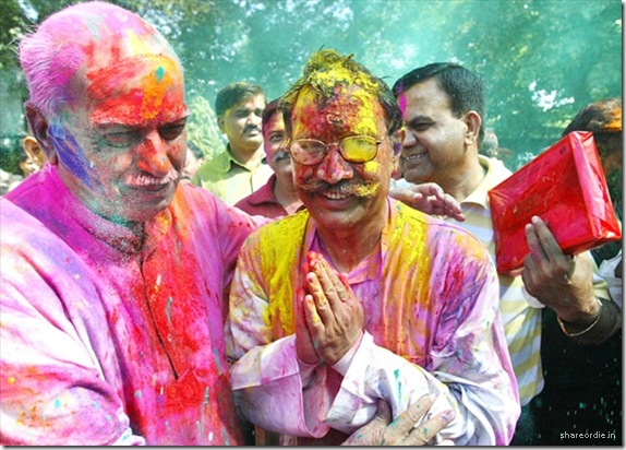 An American Holi festival:  how to have a cheap, fun and creative birthday