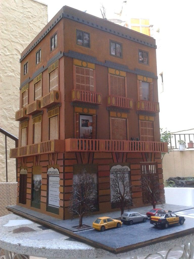 Corte Láser De Un Edificio Modernista De Barcelona