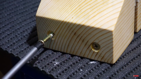 Screwing and the Vise Jaw