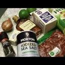 steak au poivre (peppered steak with sauce)