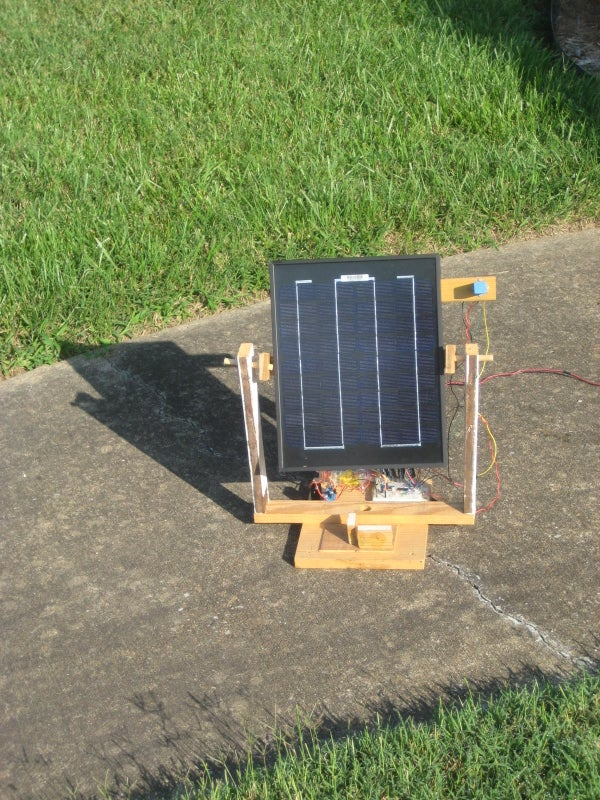 Portable Solar Tracker (No Microcontroller Required!)
