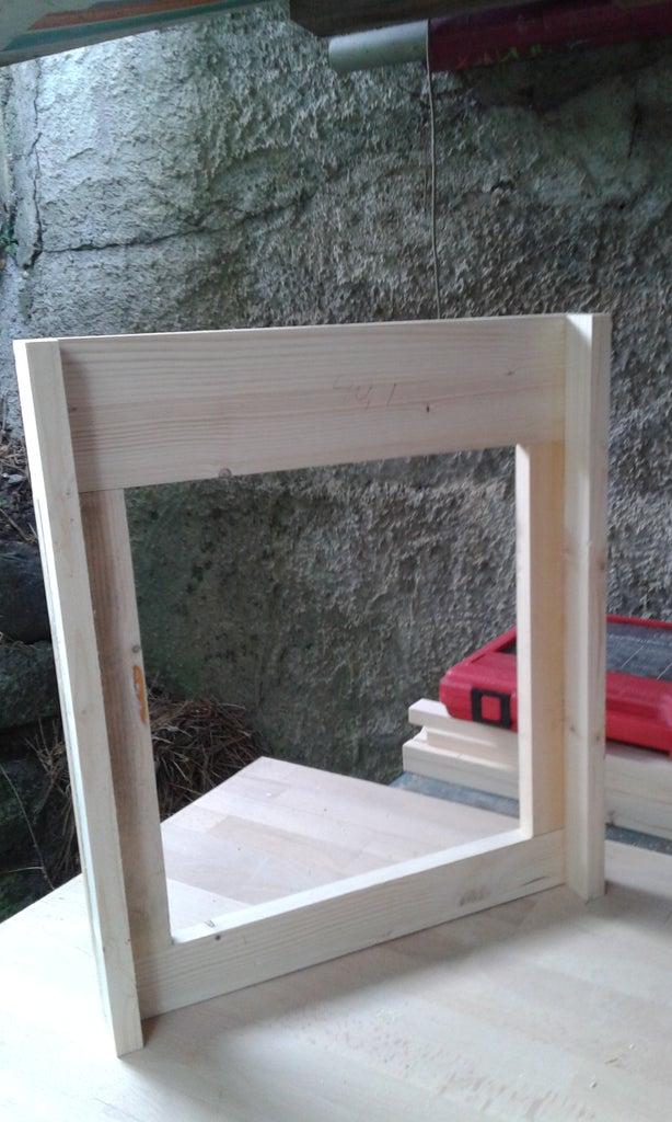 Bottom Board Α - Open Mesh Floor for the Varroa Mite Control