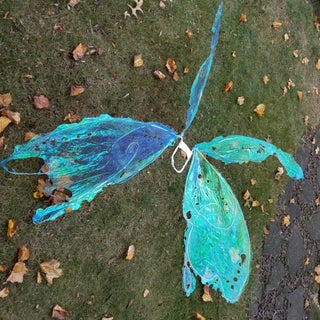 How to Make Easy Cellophane Wings