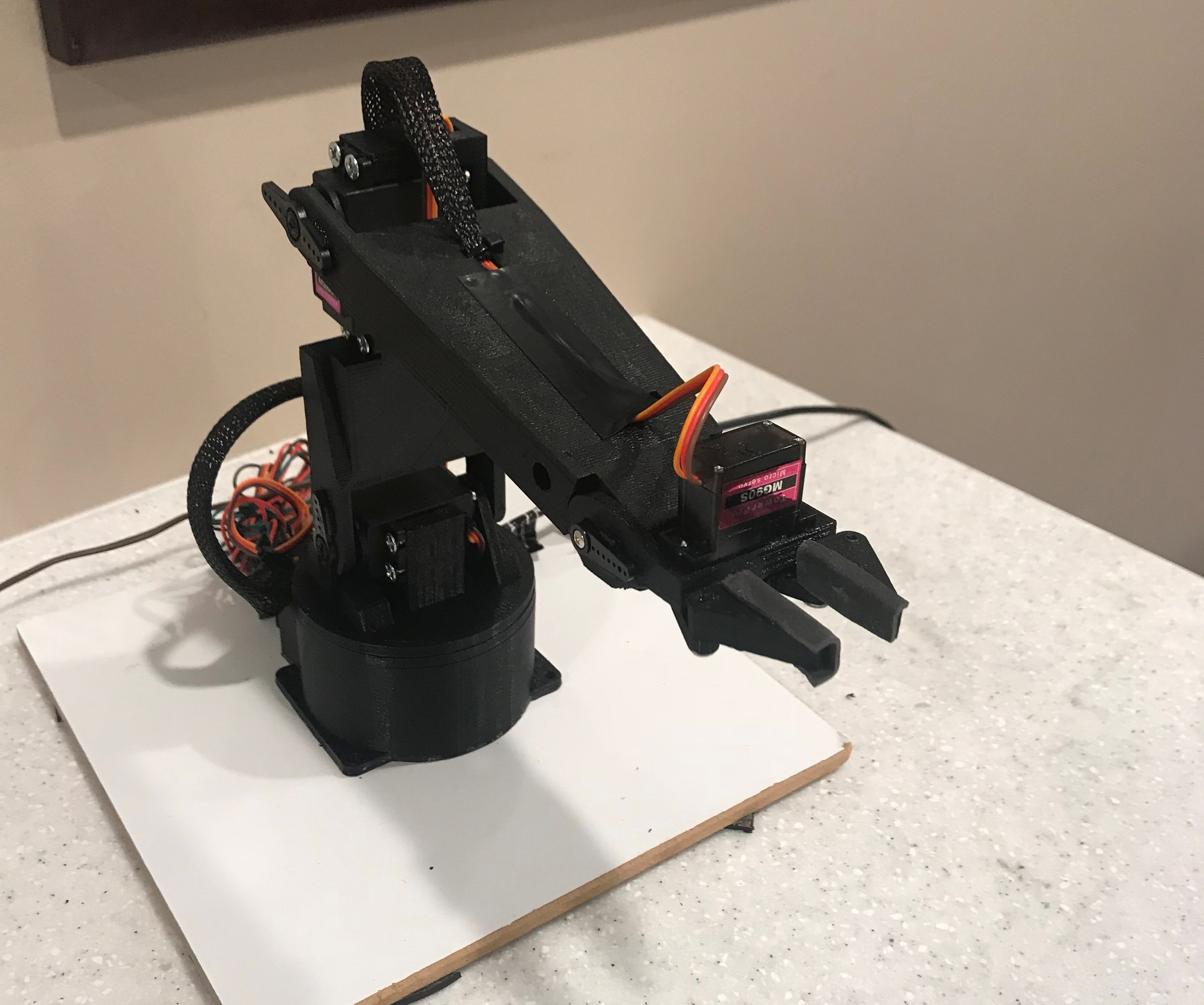 Z1: Wifi-Controlled Robot Arm