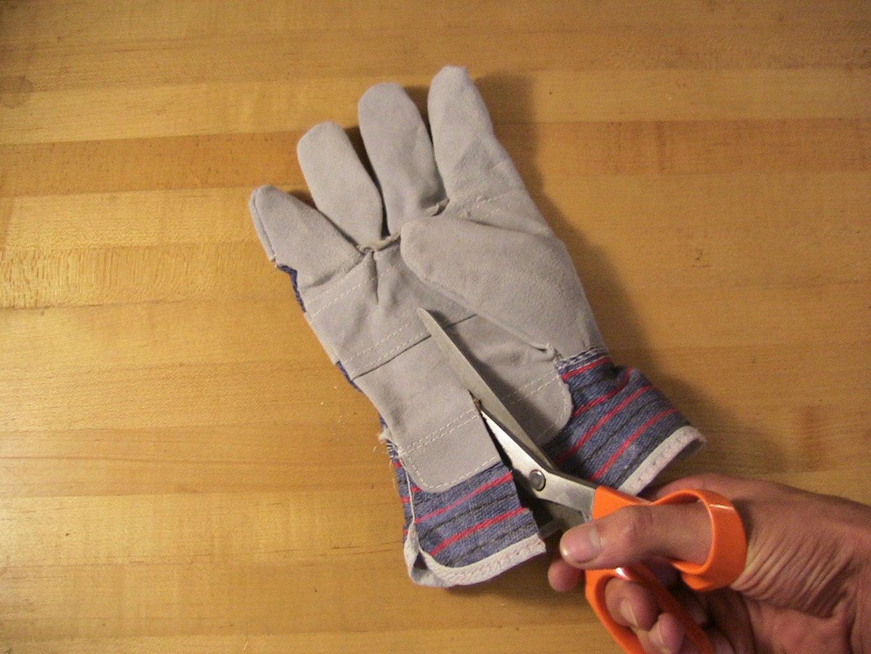 Prepare the Glove