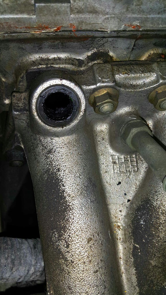Examination of the Oem Injectors and Fuel Injector Ports.