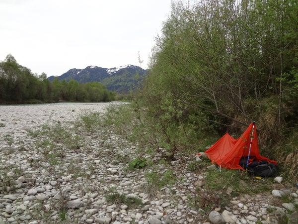 Small Superlight Emergency Tent