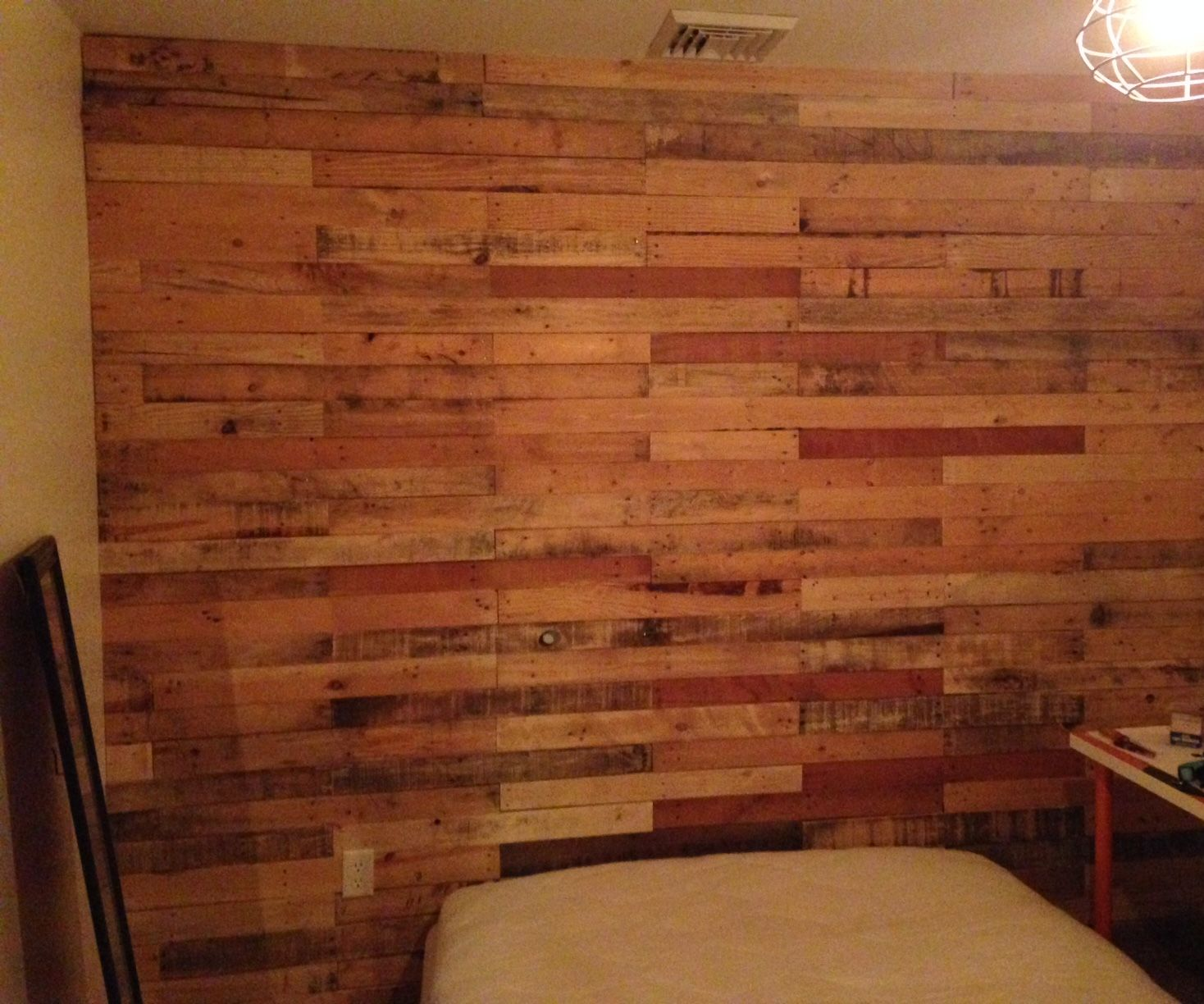Pallet Wall 9 Steps With Pictures Instructables