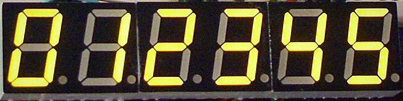 Charlieplexing 7 segment displays