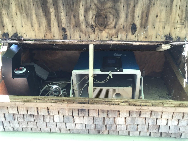 The Lunchbox Cooler- Speaker Case