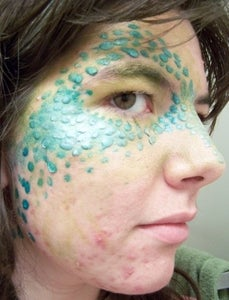 Using Liquid Latex to Create a Scaly Effect