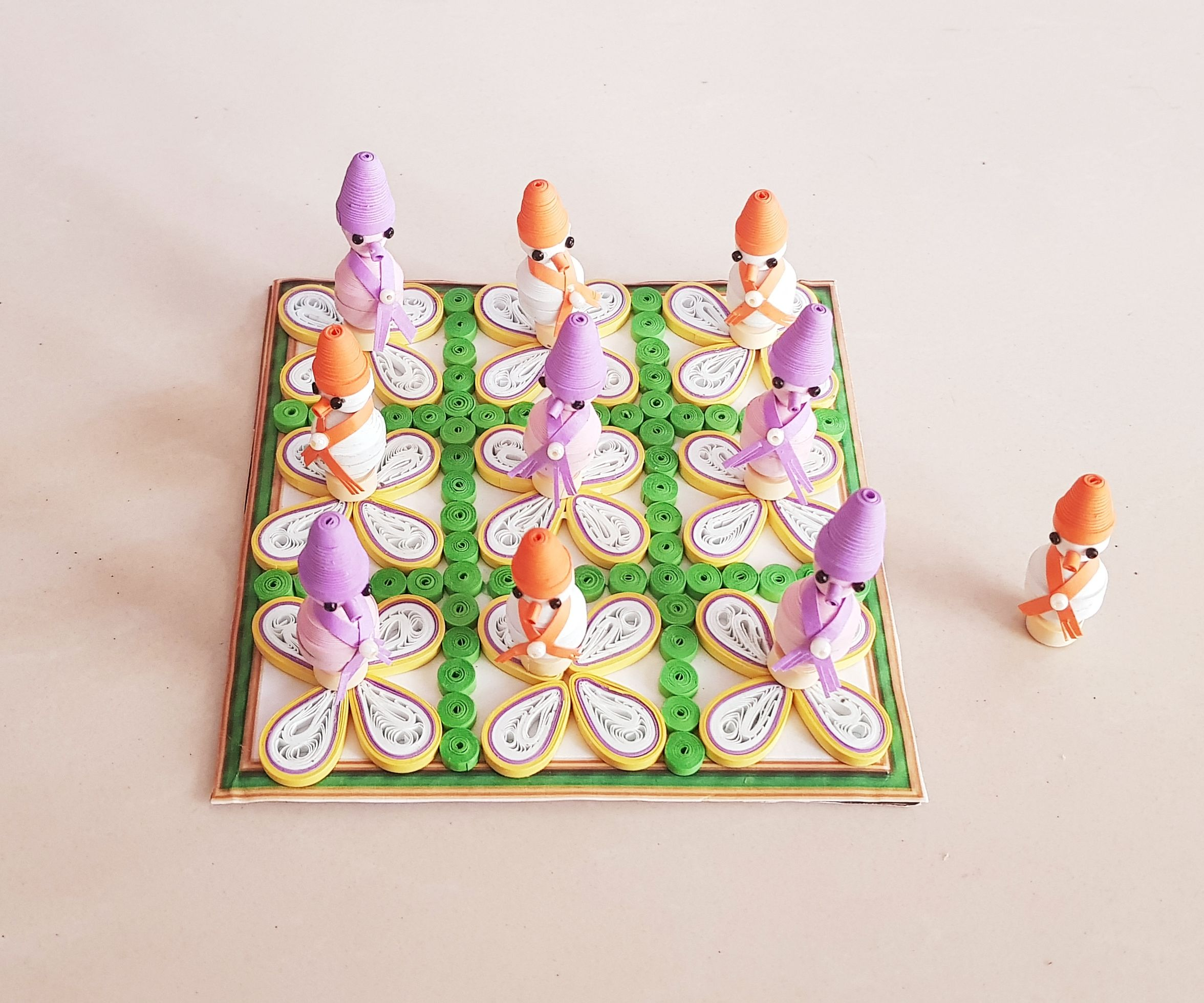 Pocket Size Paper Quilling Tic Tac Toe Game