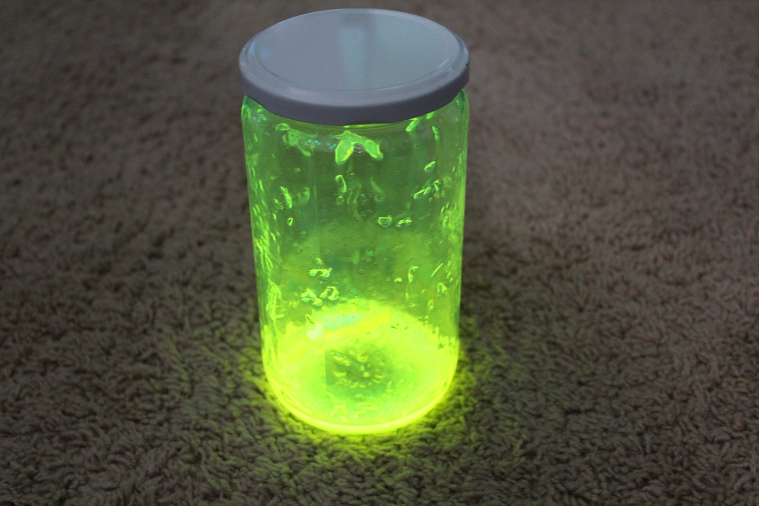 How to Make a Glow in the Dark Jar