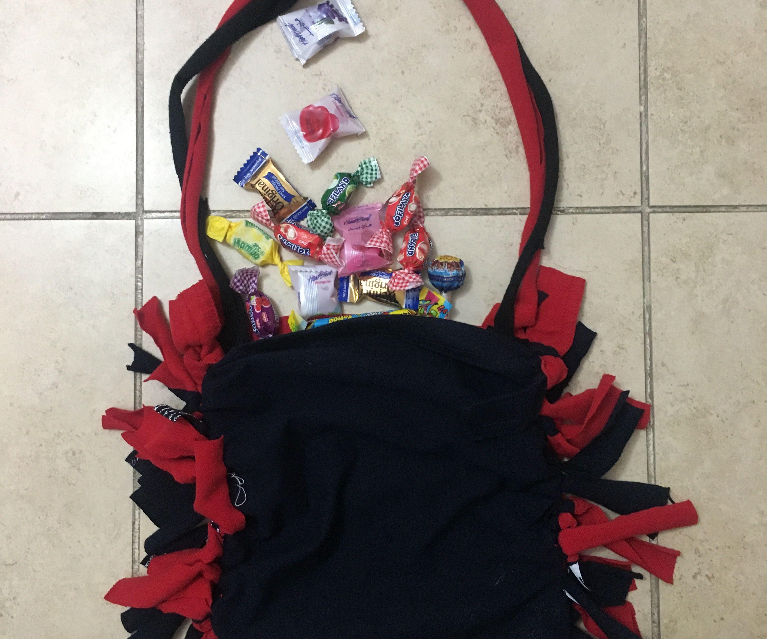 Simple DIY Trick of Treat Bag
