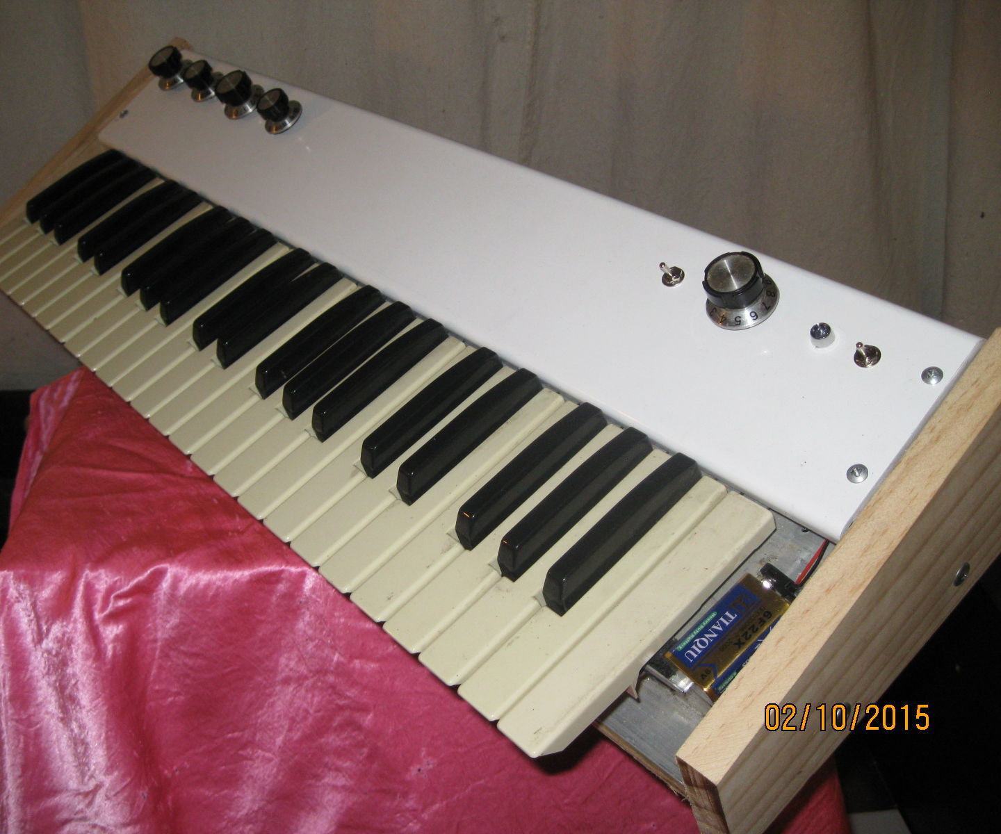 Adding Keys to an Arduino Synth the Hard Way- The Blacklord: The Organ Donor Project Part 2