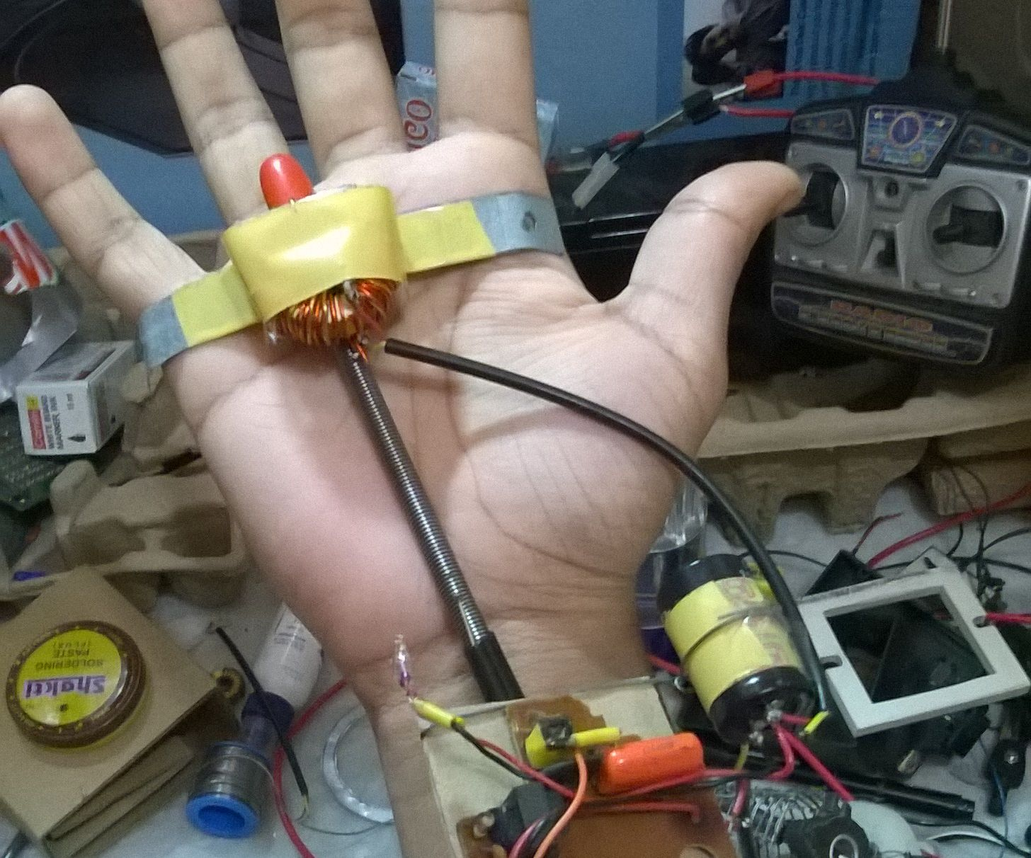 Handheld EMP device