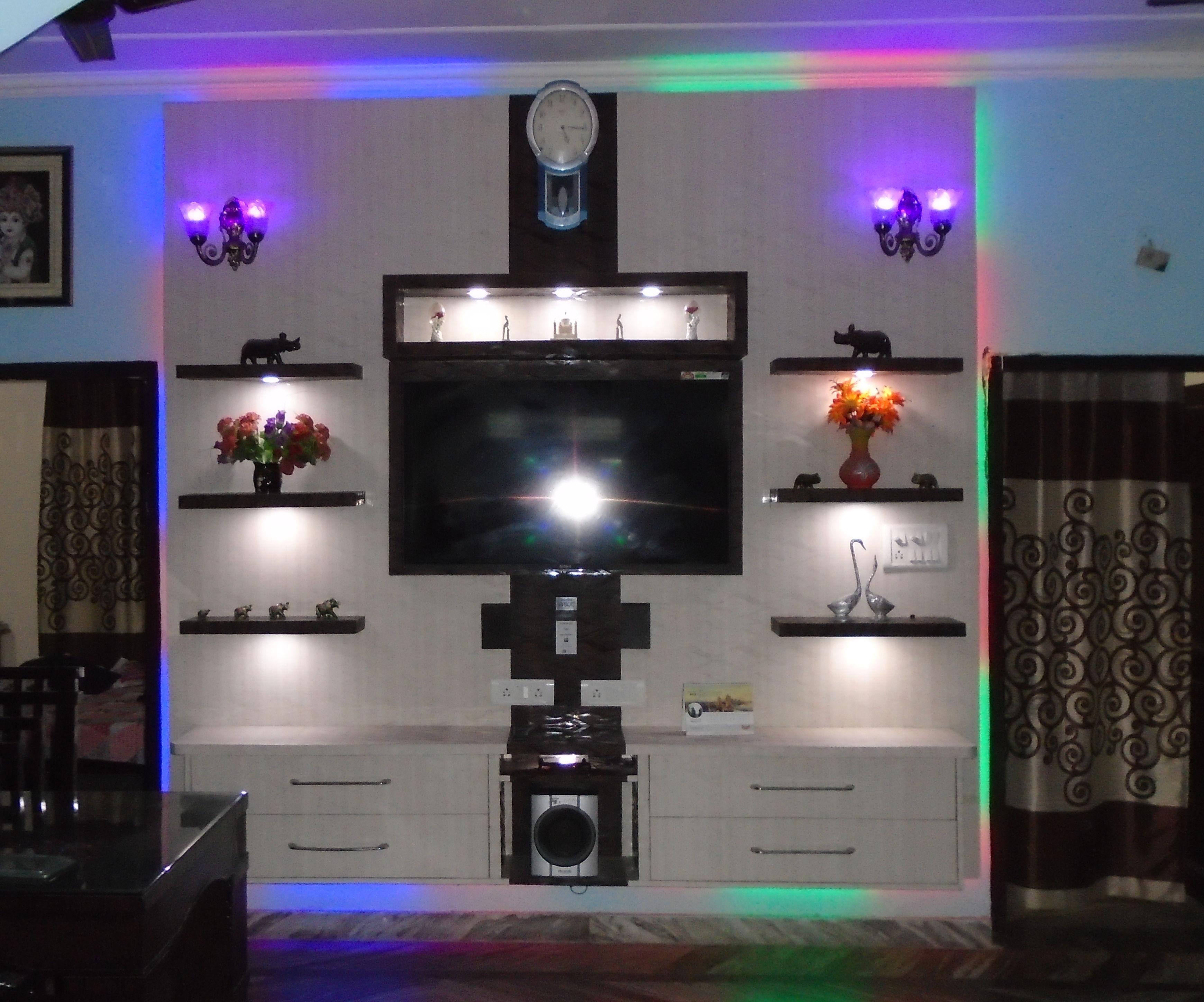 Custom Made RGB TV wall Mount