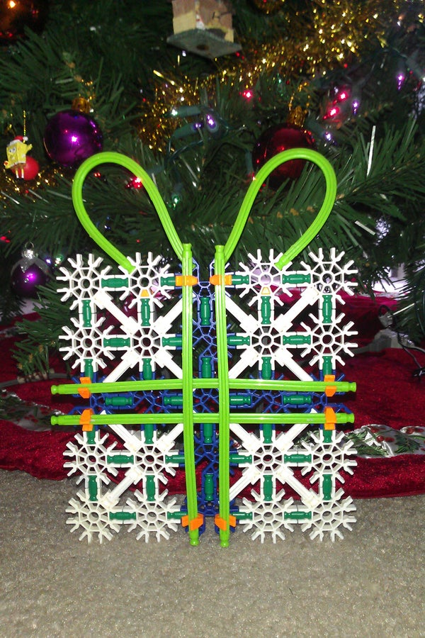K'nex Christmas Present Decoration