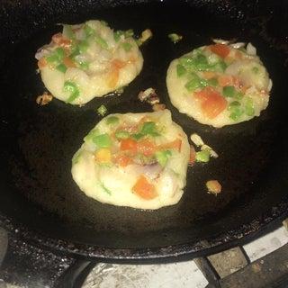 PANCAKES WITH a TWIST (Semolina Savoury Pancakes)