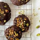 开心果和盐渍焦糖果仁饼干