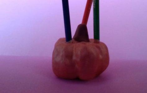 Pumpkin Pencil Holder Thing